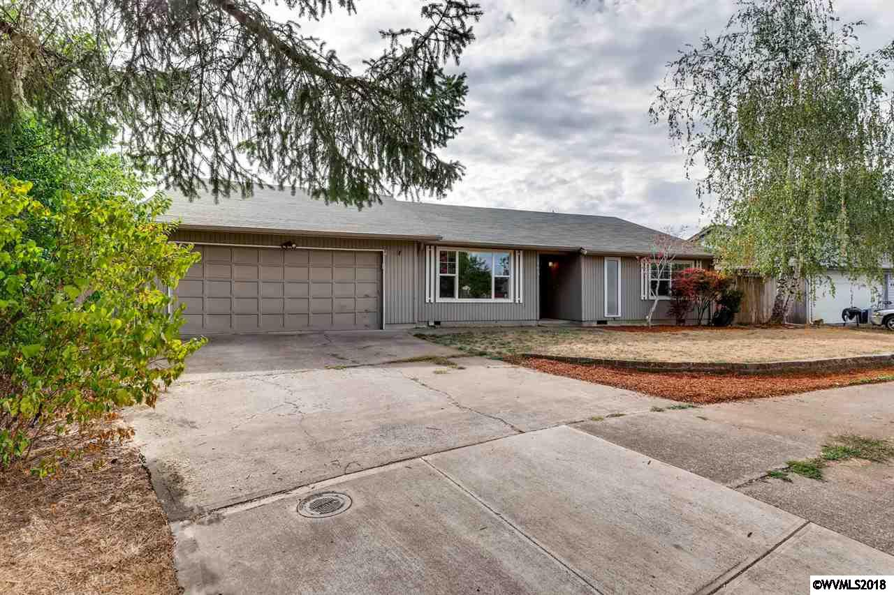 803 Dove Salem, OR 97301