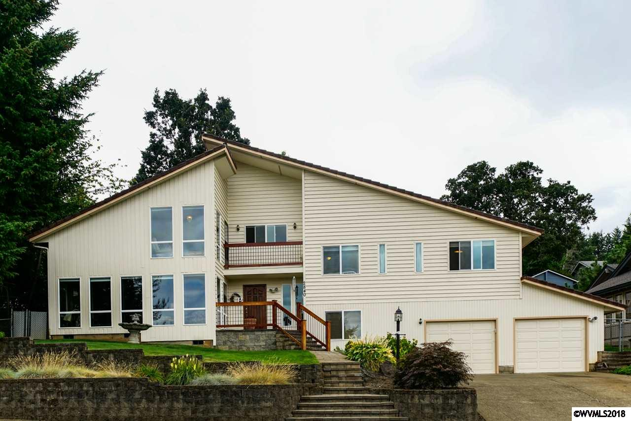 2840 Grayhawk Salem, OR 97304