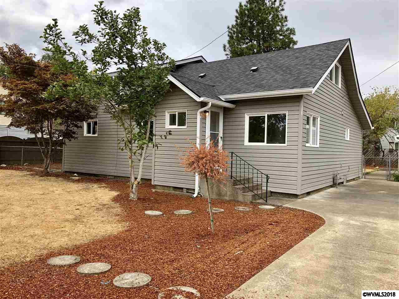 368 Se Hankel Dallas, OR 97338