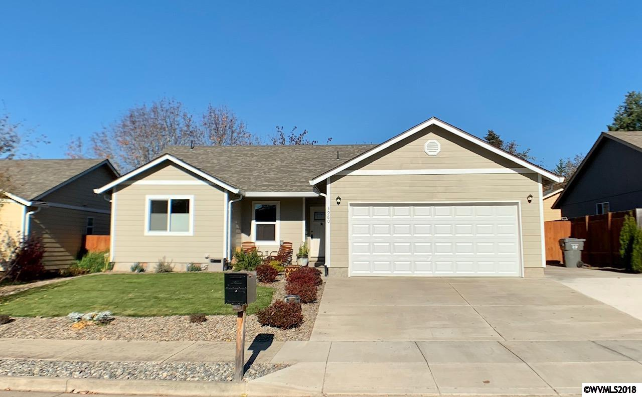3980 Osage Sweet Home, OR 97386