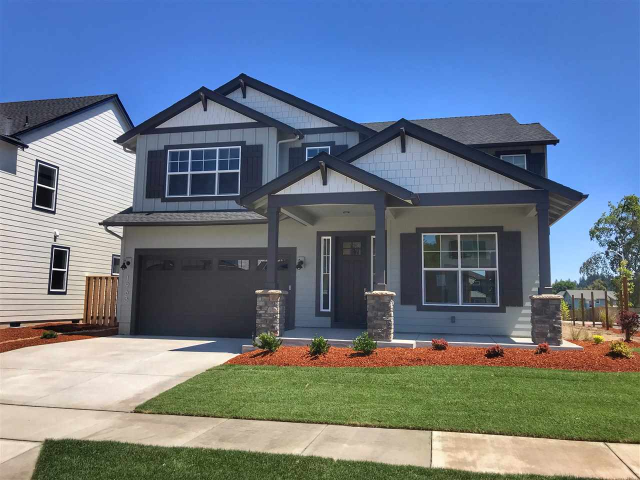 """Brand New Construction by Legend Homes & beautiful new Corvallis neighborhood.  Move-in ready today.  The """"Moreland 2"""".  Desirable floorplan inc. spacious open flrplan, gracious kitchen with large pantry & dining rm,  4 bedrooms with a main floor guest suite/den & bonus/media room.  The gracious MBR suite incl. freestanding soaking tub, tiled shower, huge closet and more.  Beautiful and spacious for sure.  Many models open Sat-Sun 11-3. Backyard landscaping & select privacy window coverings included."""
