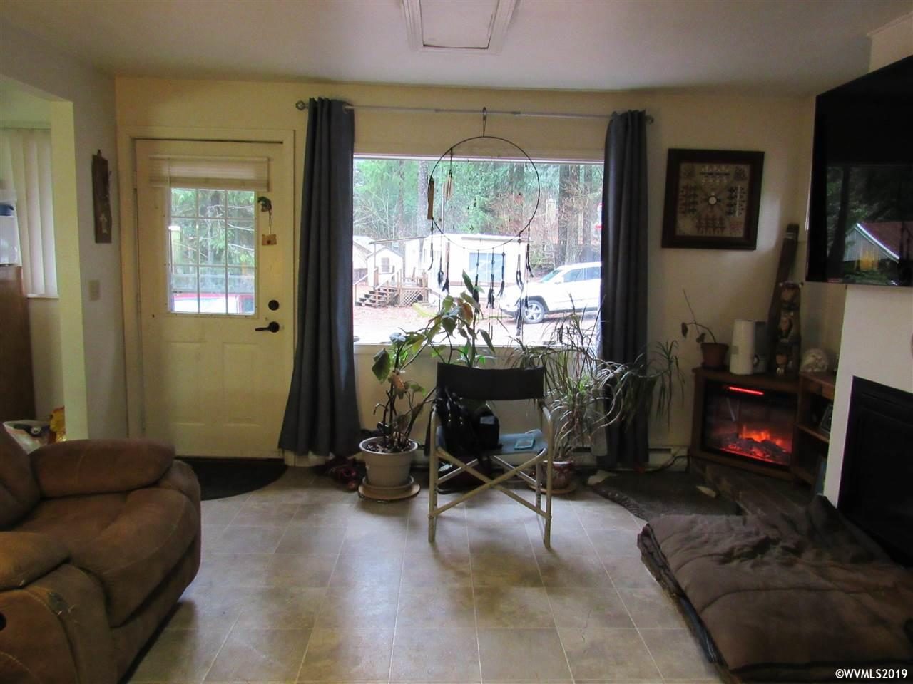 70 Tumble St, Detroit, Oregon 97342, 2 Bedrooms Bedrooms, ,1 BathroomBathrooms,Residence,For sale,70 Tumble St,758440