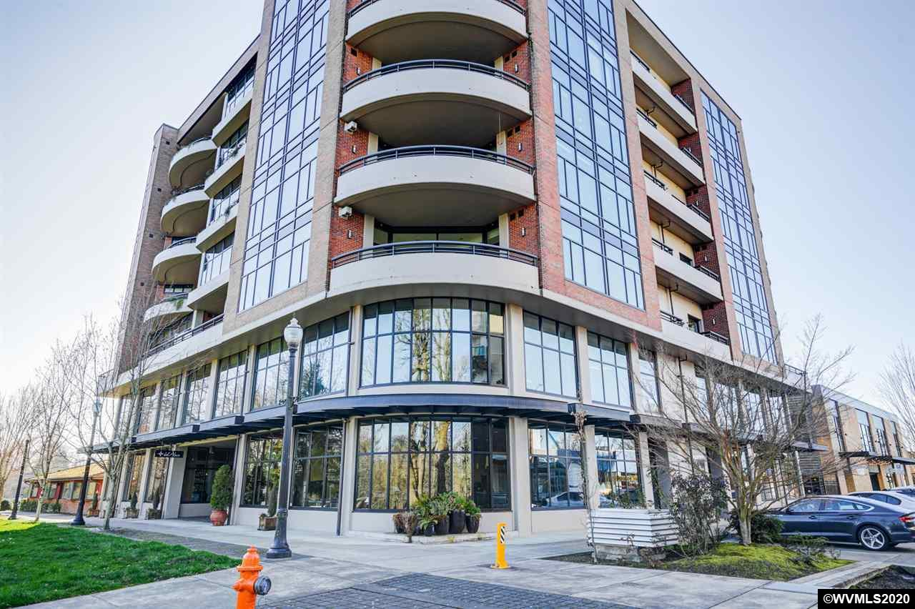 Luxurious condo living in the location you want. Expansive views of the Willamette river within walking distance to all that downtown has to offer. Juliet balcony off the master bedroom. HOA fees include electricity, gas, heating/cooling, water, garbage, home owners insurance, internet and basic cable. Listing agent is related to seller.