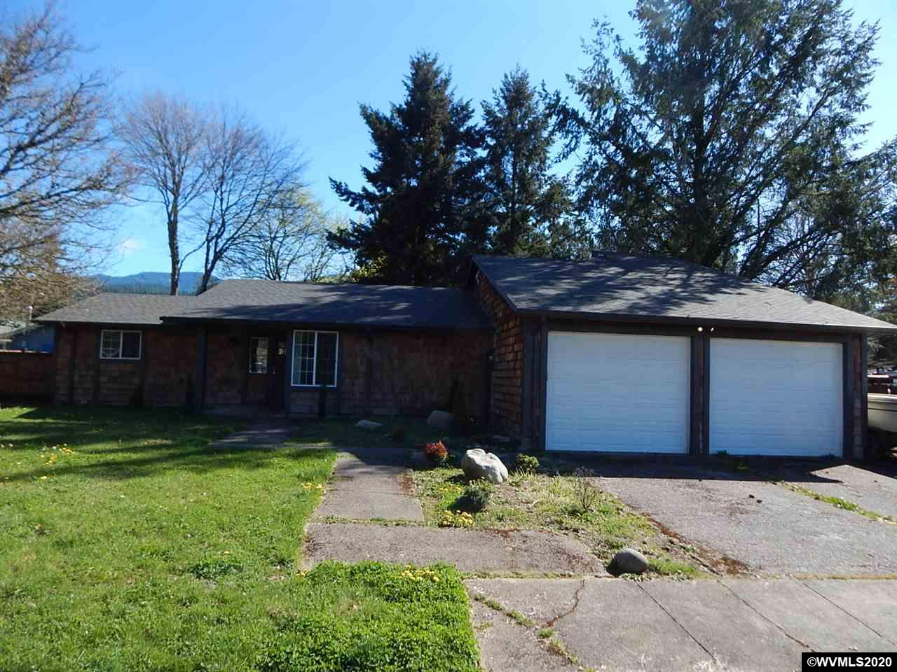 Accepted Offer with Contingencies. Tastefully and completely updated.  Cedar siding with newer roof.  Open kitchen with beautiful cabinetry and concrete counters.  Room for RV.  Nice fenced backyard.  Quiet dead end street location near the edge of town.  Loft space with separate entrance.