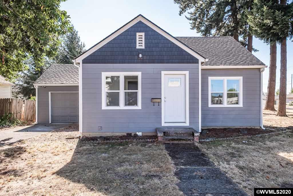 Updated house ready for you! This home has all new paint, flooring, roof, windows; along with updated kitchen and bathrooms! Large master suite. Room for a home office/ study area, or two dining areas. Nice sized yard that is big enough for a shop or ADU. New appliances!